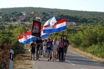 """Poziv na molitvenu hodnju """"Koracima nade u istinu""""  - Bulić - Vukšić - Lišane Ostrovičke"""