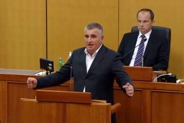 """Bulj: Pozivam predsjednika Milanovića da se odmah ispriča svim pripadnicima HOS-a i svim majkama čiji su sinovi dali živote za našu Domovinu"""""""