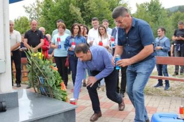 Busovača: Služena misa zadušnica za poginule branitelje na spomen obilježju Križ na Žegi