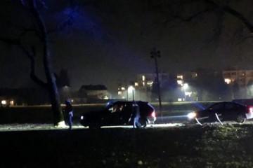 BMW-om s migrantima bježali policiji: 'Zaustavila ih klupica'