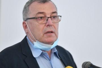 Capak: 'Ako se cijepite AstraZenecom, vjerojatno nećete trebati nositi masku'