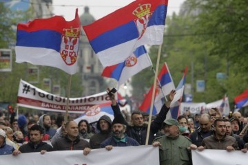 29. ožujka 2017. Novi Sad – u Srbiji se javno pjevaju četničke himne na ulicama, stadionima, pravoslavnim crkvama uz veličanje velikosrpstva