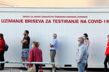 U Hrvatskoj 1074 novooboljela, preminulo 19 osoba, raste broj pacijenata na respiratoru