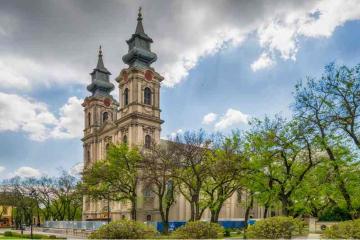 Teror nad katoličkim svećenstvom i crkvom u Vojvodini