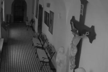 VIDEO Snimljen trenutak u kojem je potres oštetio crkvu Uznesenja BDM u Zagrebu, Isus na križu ostao neoštećen