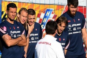 Izbornik Dalić iznenada se uoči utakmice 'odrekao' jednog od najiskusnijih; ovo je 11 'vatrenih' koji će zaigrati protiv Cipra