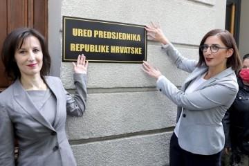 Orešković i Puljak u teatralnom performansu ispred Kovačevićeva kluba otvorile 'Ured predsjednika RH'