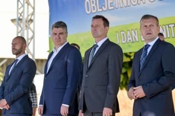 (FOTO) MILANOVIĆ POSLAO PORUKU IZ VARAŽDINA: 'Narod umjesto u berbu otišao u borbu. Međutim jedna druga nam je berba promakla'