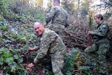 """Hrvatska vojska u inicijativi """"Dani kolektivne sadnje drveća"""""""
