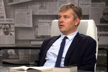 Tko je Dario Juričan, koji tvrdi da je Škoro 'ponovno vratio ustaše u igru'?