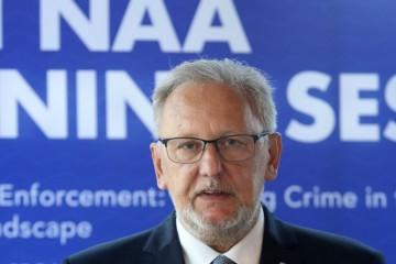 Božinović priznao: Migrante su tukli policajci