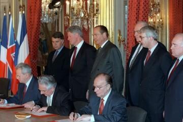 Na današnji dan 1995. – Potpisan Daytonski mirovni sporazum