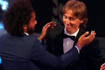 FIFA THE BEST: Modrić izabran u najboljih 11, Messi proglašen igračem godine