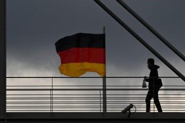 Njemačka vlada: Preuranjeno je govoriti o otvaranjima preko ljeta