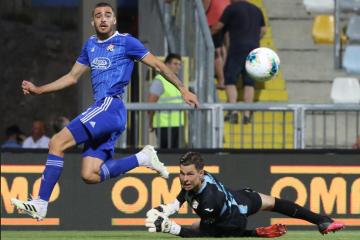NOGOMETNA POSLASTICA: Evo gdje večeras možete pratiti derbi između Dinama i Hajduka!