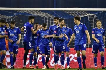 Dinamo rutinski protiv Hajduka u Maksimiru i pobjegao još više  Osijeku