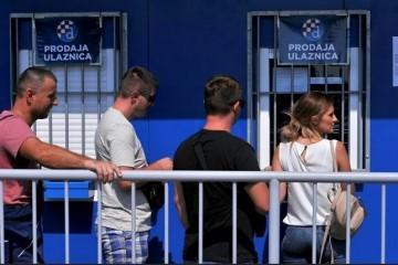LIGA PRVAKA U ZAGREBU: Dugi red za ulaznice, gostujuća tribina rasprodana, očekuje nas poseban Atalantin transparent na Maksimiru
