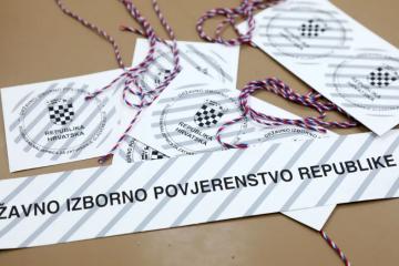 'Zaprimili smo par pritužbi na biračke odbore. Pitaju građane žele li glasati i za ostale liste'