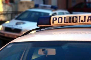 U prometnoj nesreći kod Otočca poginula 13-godišnjakinja