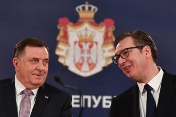 AKO IM USPIJE, SVI ĆE BITI JEDNAKO KRIVI ZA RAT! Bolesna strategija Dodika i Vučića: Odvjetnik otkrio što pokušavaju!
