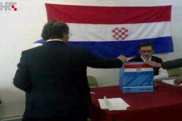 25. travnja 1991. godine donesena je odluka o održavanju referenduma o samostalnosti Republike Hrvatske