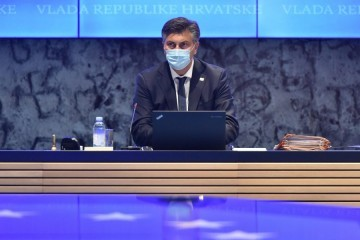 Plenković: Vlada će na 30 dana ograničiti cijenu benzina i dizela