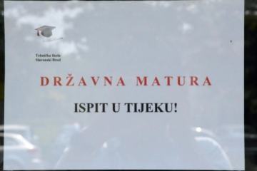 MATURANTE OVO NEĆE OBRADOVATI: Ako dobiju jedinicu iz eseja više neće moći proći hrvatski jezik