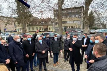 Milanović i Plenković stigli su u Sisak: Zatreba li, dolazi i vojska