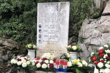 Dubrovnik: Odana počast četrnaestorici poginulih hrvatskih branitelja