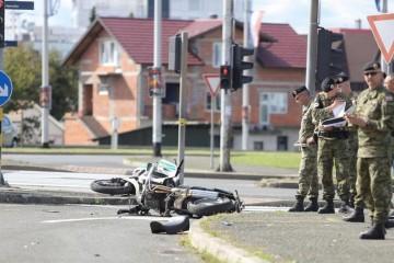Nesreća u Zagrebu: U sudaru s autom poginuo vojni motorist