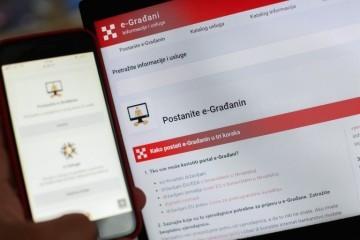 E-građani širi usluge: Stižu e/m-Potpis i e/m-Pečat, u rujnu ćete sami moći odraditi popis stanovništva