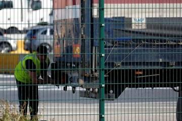 U Belgiji pronašli 12 preživjelih migranata u kamionu hladnjači