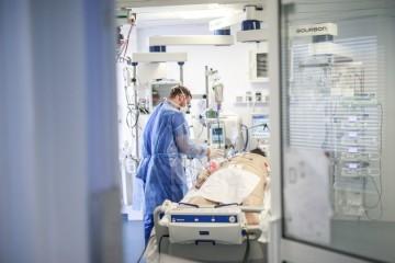 Hrvatska se sprema na liječenje zaraženih krvnom plazmom onih koji su preboljeli koronavirus