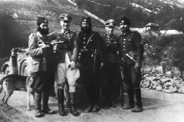 17. studenoga 1942. Vrbovsko (NDH) – četnici žive zapalili 14 Roma (6 djece) , a istovremeno u nacističkoj Srbiji provode genocid nad Romima!