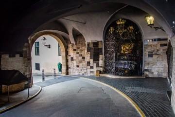 Majka Božja – Kamenita vrata