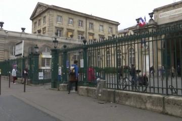 Centri za cijepljenje u Francuskoj vandalizirani u prosvjedima