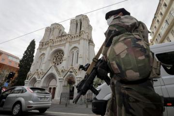 Francuska: Načelnik glavnog stožera poručio potpisnicima otvorenog pisma da napuste vojsku