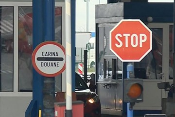HAK: Ograničen prelazak osoba preko svih graničnih prijelaza