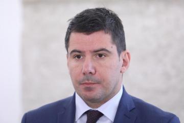 SKANDAL UOČI LOKALNIH IZBORA Grmoja prozvao Škoru da preko naručenih anketa blati njihova kandidata Troskota