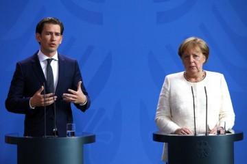 Kurz odgovorio Merkel: 'Austrija neće slijediti Njemačku i primiti migrante iz Grčke'