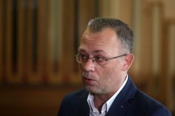 """Saborski odbor povukao pa potvrdio imenovanje Šveba, HASANBEGOVIĆ: """"Farsa, vodvilj i groteska"""""""