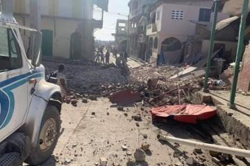 [VIDEO] Potres jačine 7,2 potresao je Haiti, crkvu u kojoj su bili vjernici