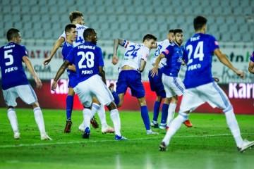 VJEČITI  DERBI: Hajduk s novim trenerom dolazi na noge Dinamu