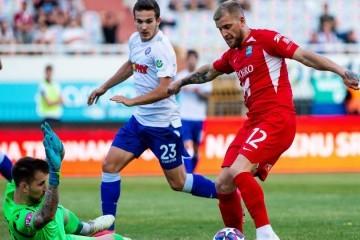 Sjajni Osijek slavi veličanstvenu pobjedu na Poljudu; Petar Bočkaj golom s 30 metara 'torpedirao' Hajduk