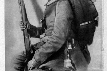 Jedne tmurne, kišne večeri, u travnju 1915. godine, Hans Leip, gardijski pješak, čuvao je stražu ispred jedne berlinske vojarne. (VIDEO)