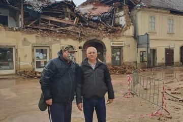 HERMAN VUKUŠIĆ: Dumboviću, imaš ti veće probleme od tuđih selfija, recimo kriminal u obnovi kuća