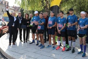 Ministar Medved pucnjem označio početak 18. memorijalnog ultramaratona od Zagreba do Vukovara