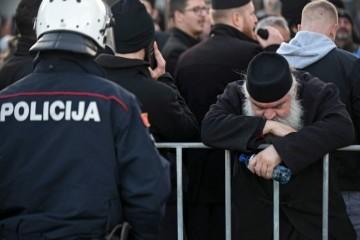 Prosrpski zastupnici iz Beograda u Podogoricu došli zrakoplovom Vlade Srbije: Prijete nasiljem i pozivaju ratne suborce da budu spremni