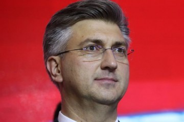 PLENKOVIĆU GORI POD NOKTIMA: Mandat u HDZ-u mu ističe već 17. travnja! U ožujku izbori u HDZ-u!
