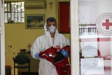 ITALIJA SE PRETVARA U GROBLJE: U posljednja 24 sata 683 osobe umrle od koronavirusa